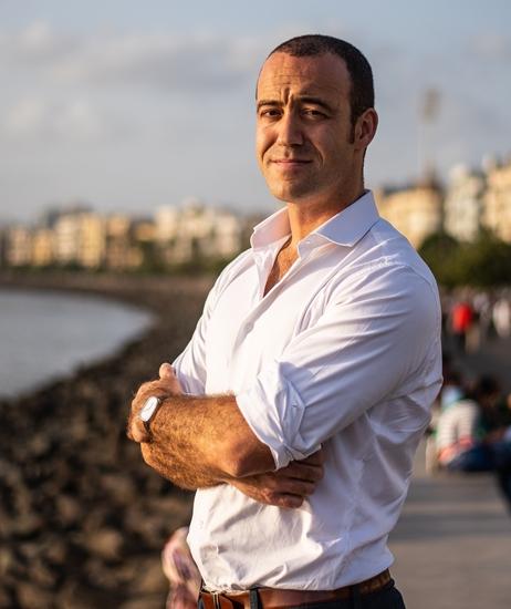 Simon Mundy